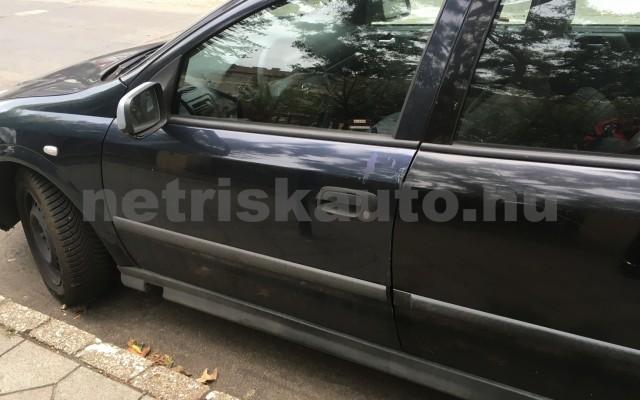 OPEL Astra 1.4 16V Comfort személygépkocsi - 1388cm3 Benzin 64573 2/12