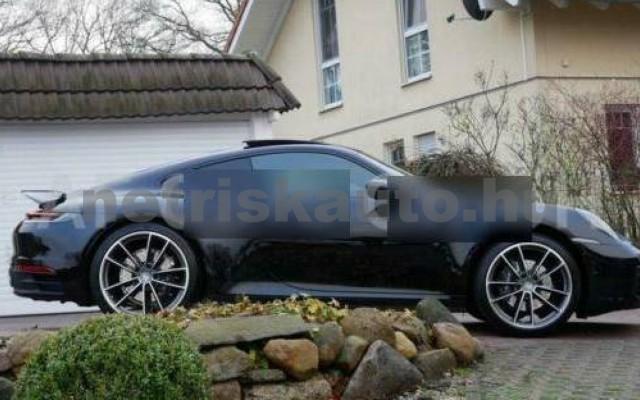 911 személygépkocsi - 2981cm3 Benzin 106243 10/12