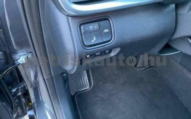 Optima személygépkocsi - 1999cm3 Hybrid 106164 9/11