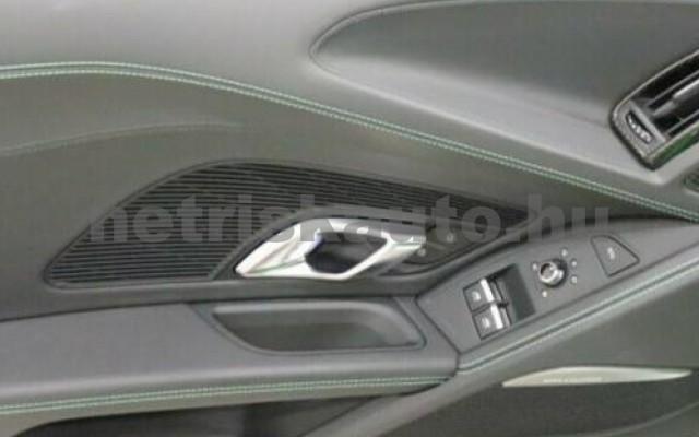 R8 személygépkocsi - 5204cm3 Benzin 104881 5/9