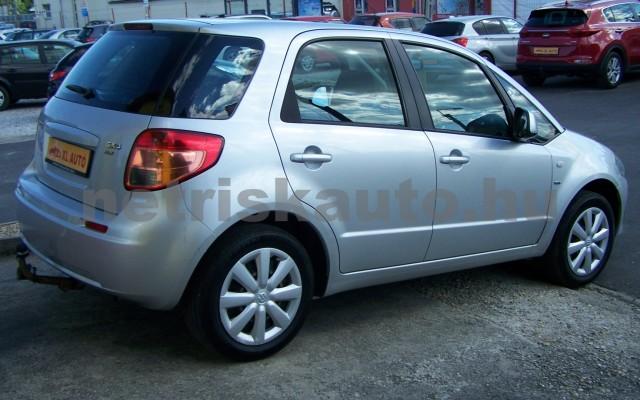 SUZUKI SX4 1.5 GLX AC személygépkocsi - 1490cm3 Benzin 98315 3/12