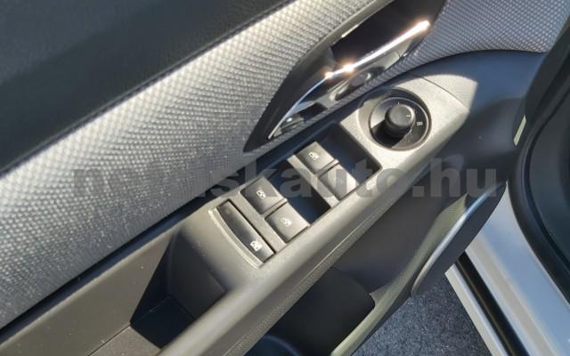 CHEVROLET Cruze 1.6 LS személygépkocsi - 1598cm3 Benzin 47430 9/12