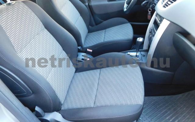 PEUGEOT 207 1.6 VTi Premium EURO5 Aut. személygépkocsi - 1587cm3 Benzin 76878 9/12