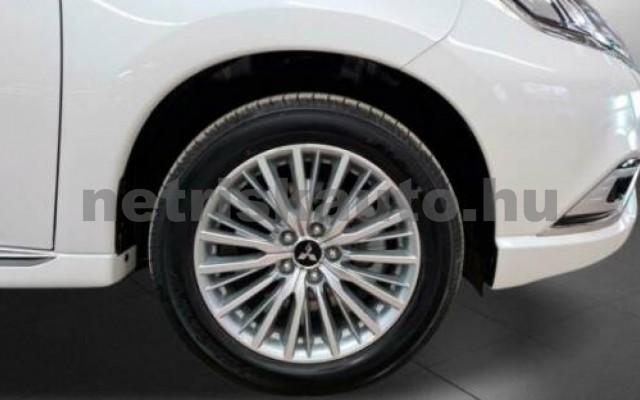 Outlander személygépkocsi - 2360cm3 Hybrid 105710 10/10