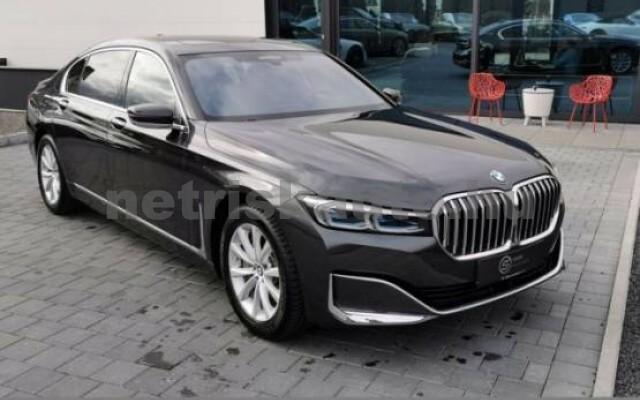 BMW 745 személygépkocsi - 2998cm3 Hybrid 42997 3/7