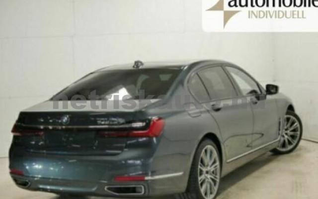 BMW 745 személygépkocsi - 3000cm3 Hybrid 42993 2/7