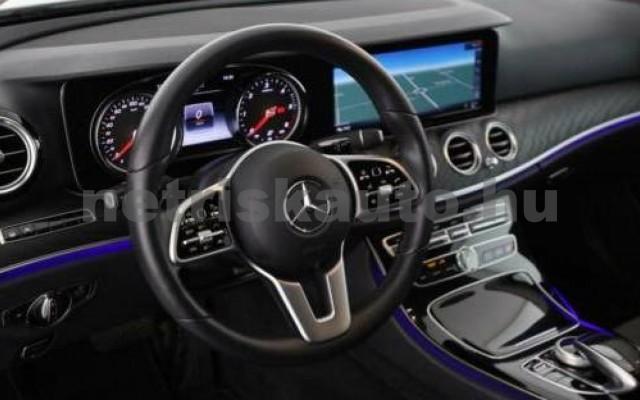 E 400 személygépkocsi - 2925cm3 Diesel 105871 12/12