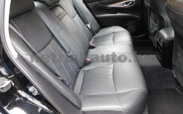 INFINITI Q70 3.5 V6 Hybrid Premium Tech Aut. személygépkocsi - 3498cm3 Hybrid 27439 12/12