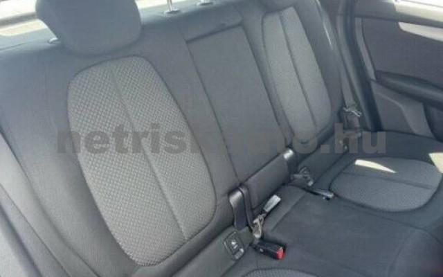 225 Active Tourer személygépkocsi - 1499cm3 Hybrid 105031 9/12