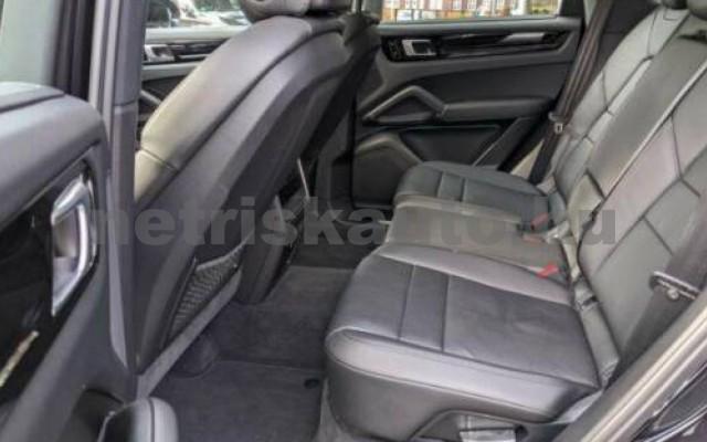 Cayenne személygépkocsi - 2995cm3 Hybrid 106297 3/5