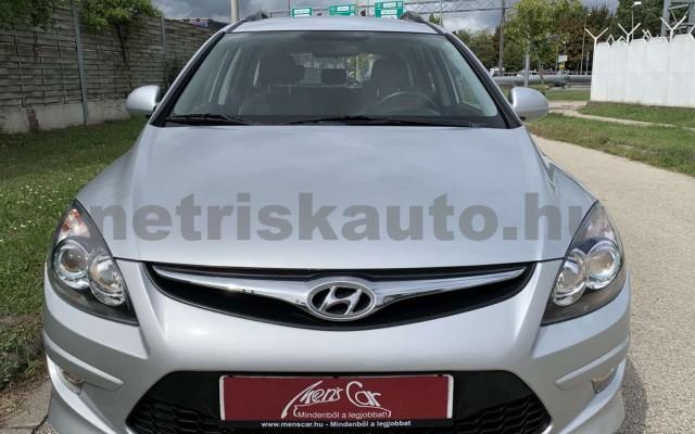HYUNDAI i30 CW személygépkocsi - 1396cm3 Benzin 106520 4/35