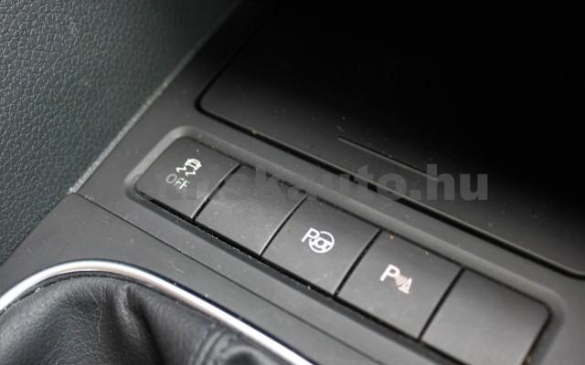 VW Golf 1.4 Tsi Comfortline személygépkocsi - 1390cm3 Benzin 18839 12/12