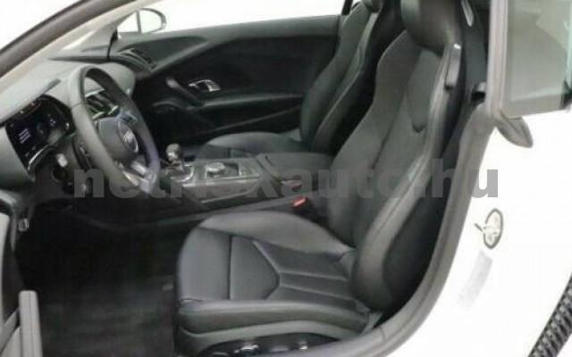 R8 személygépkocsi - 5204cm3 Benzin 104867 4/9