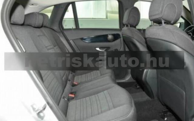 GLC 250 személygépkocsi - 1991cm3 Benzin 105980 6/9