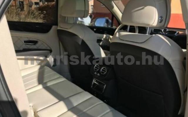 Bentayga személygépkocsi - 3996cm3 Benzin 105037 8/12