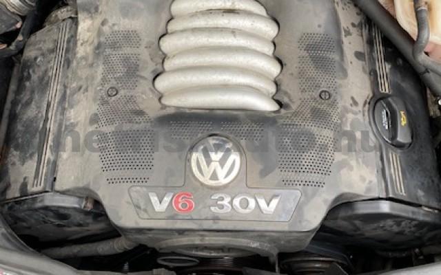 VW Passat 2.8 V6 4Motion Highline személygépkocsi - 2771cm3 Benzin 74292 8/9
