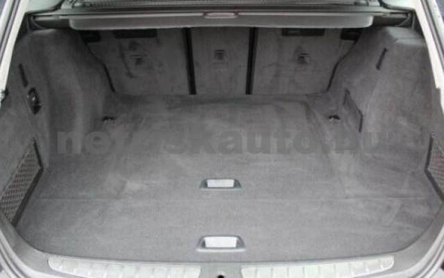 320 személygépkocsi - 1998cm3 Benzin 105052 10/11