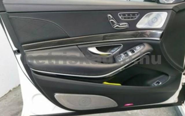 S 63 AMG személygépkocsi - 3982cm3 Benzin 106144 7/12