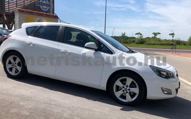 OPEL Astra 2.0 CDTI Enjoy személygépkocsi - 1956cm3 Diesel 19948 2/12