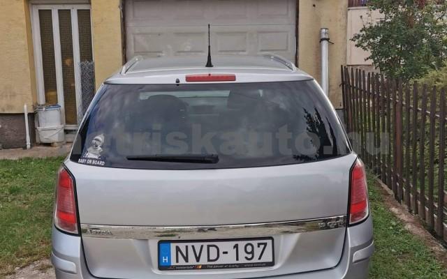 OPEL Astra 1.9 CDTI Enjoy személygépkocsi - 1910cm3 Diesel 64606 2/12