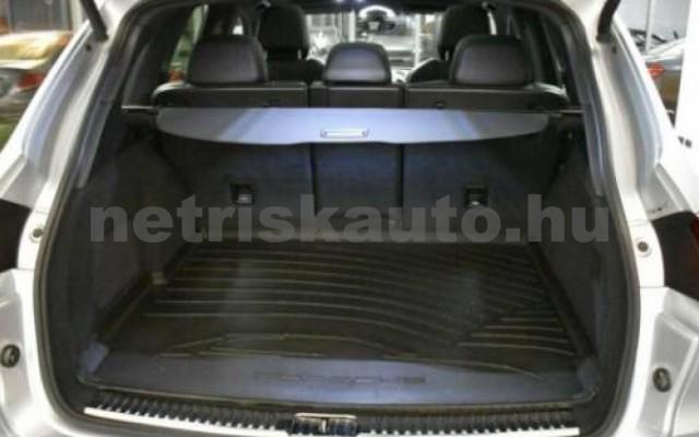 Cayenne személygépkocsi - 4134cm3 Diesel 106290 12/12