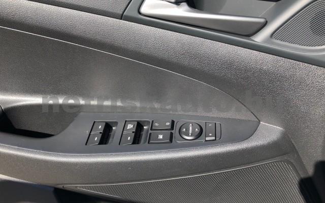 HYUNDAI Tucson 1.6 GDi Comfort Navi Limited személygépkocsi - 1591cm3 Benzin 104543 11/12