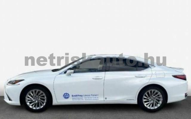 ES 300 személygépkocsi - 2487cm3 Hybrid 105612 2/11