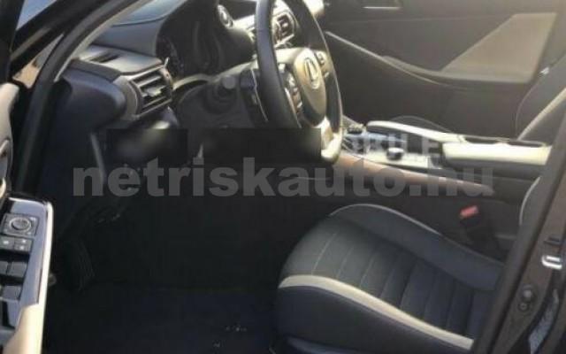 IS 300 személygépkocsi - 2494cm3 Hybrid 105604 10/11