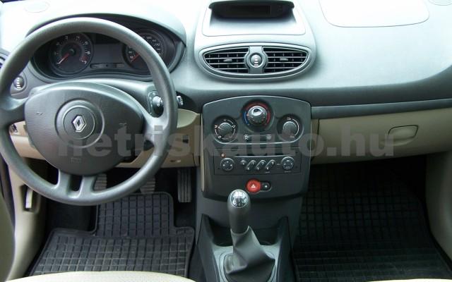 RENAULT Clio 1.2 16V Taboo személygépkocsi - 1149cm3 Benzin 98310 11/12