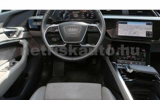 AUDI e-tron személygépkocsi - cm3 Kizárólag elektromos 109705 10/12