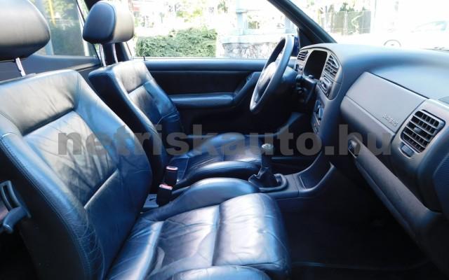 VW Golf 1.6 Highline személygépkocsi - 1595cm3 Benzin 101310 8/12
