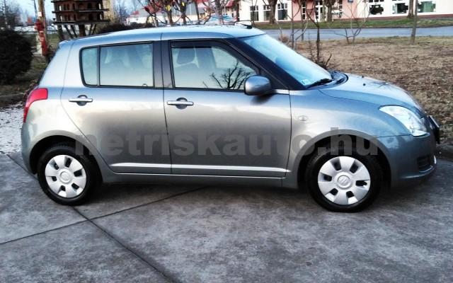 SUZUKI Swift 1.3 GLX CD AC személygépkocsi - 1328cm3 Benzin 27702 5/11