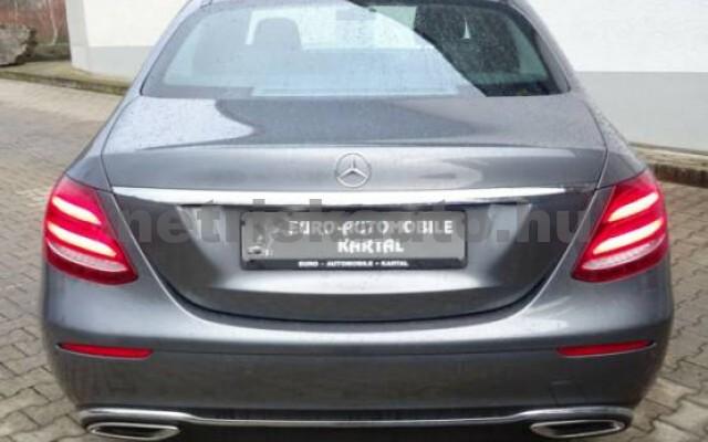 MERCEDES-BENZ E 200 személygépkocsi - 1991cm3 Benzin 43718 4/7