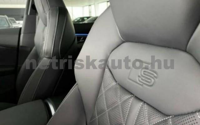 AUDI SQ8 személygépkocsi - 3996cm3 Benzin 109673 8/12