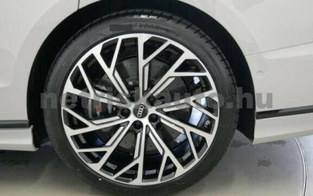 S8 személygépkocsi - 3996cm3 Benzin 104918 10/11