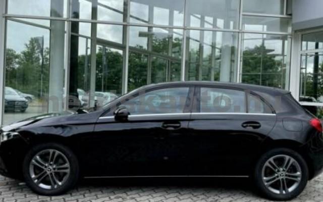 A 220 személygépkocsi - 1991cm3 Benzin 105720 3/12
