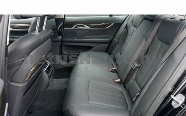 BMW 740 személygépkocsi - 2998cm3 Benzin 110015 10/12