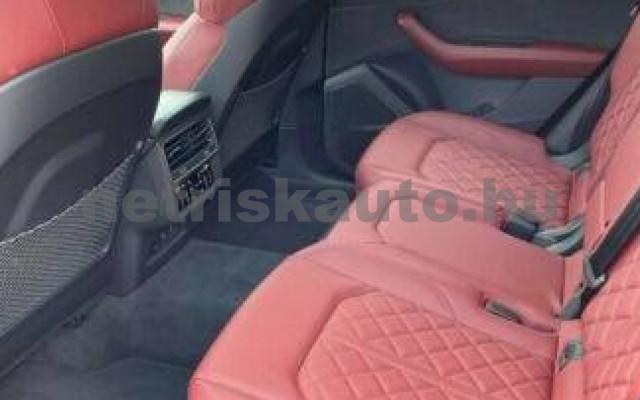 AUDI SQ8 személygépkocsi - 3996cm3 Benzin 104948 12/12