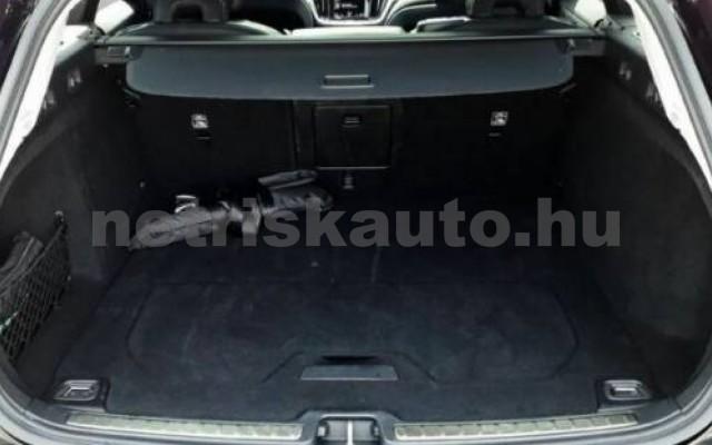 V60 személygépkocsi - 1969cm3 Hybrid 106402 4/10
