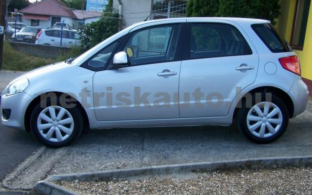 SUZUKI SX4 1.5 GLX AC személygépkocsi - 1490cm3 Benzin 98315 2/12
