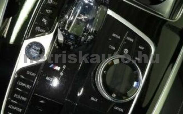 X7 személygépkocsi - 2993cm3 Diesel 105336 9/10