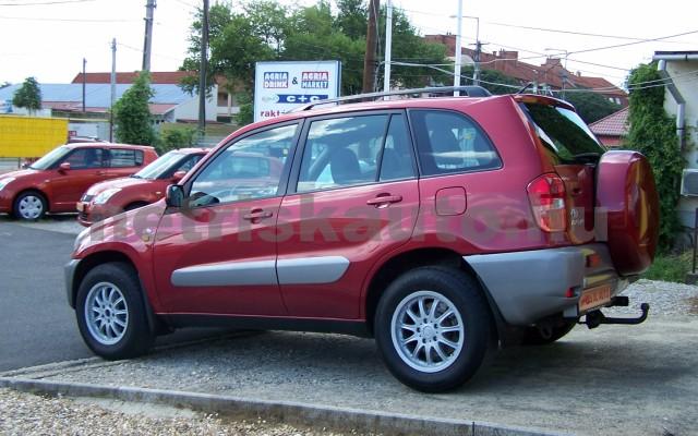 TOYOTA Rav4 2.0 D-4D 4x4 személygépkocsi - 1995cm3 Diesel 104519 4/11