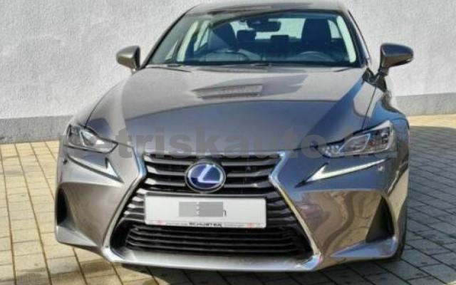 LEXUS IS 300 személygépkocsi - 2494cm3 Hybrid 110608 2/8