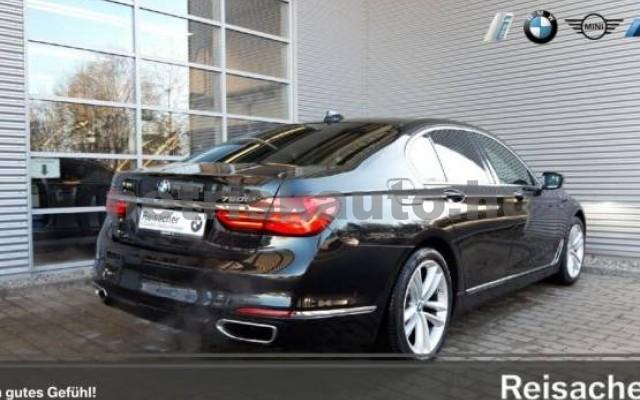 BMW 750 személygépkocsi - 4395cm3 Benzin 43004 2/7