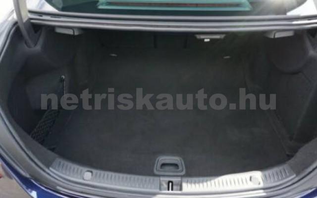 E 250 személygépkocsi - 1991cm3 Benzin 105835 5/11