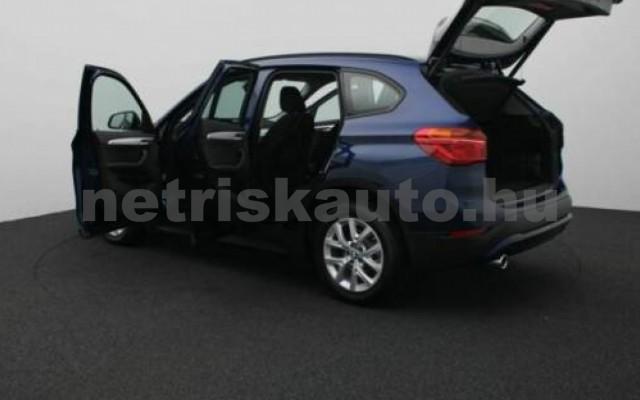 X1 személygépkocsi - 1499cm3 Benzin 105209 6/12