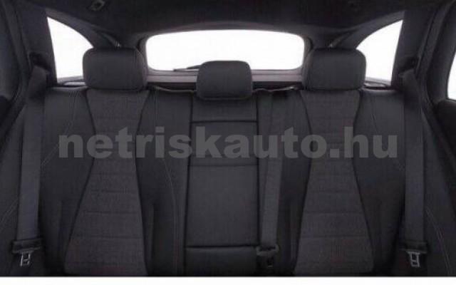E 400 személygépkocsi - 2925cm3 Diesel 105881 7/9