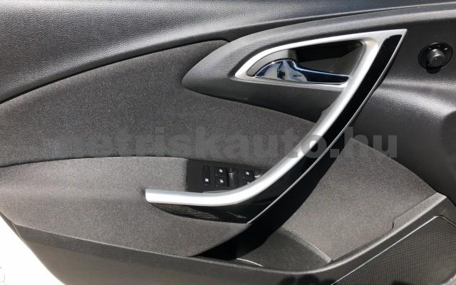 OPEL Astra 2.0 CDTI Enjoy személygépkocsi - 1956cm3 Diesel 19948 11/12