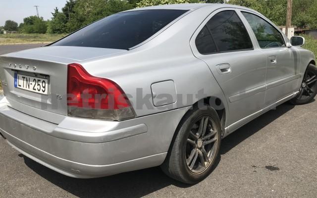 VOLVO S60 2.3 T-5 személygépkocsi - 2319cm3 Benzin 50004 2/3