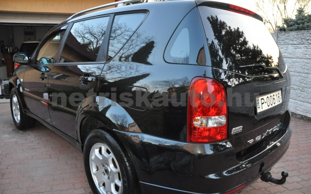 SSANGYONG Rexton 2.7 270 Xdi Premium 2 Aut. személygépkocsi - 2696cm3 Diesel 42311 6/12
